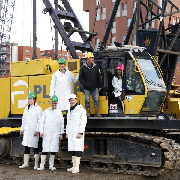 Feestelijke start bouw Burano: 144 nieuwe seniorenwoningen