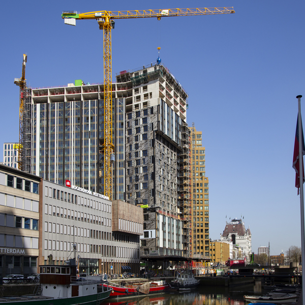 OurDomain Rotterdam Blaak bereikt hoogste punt : OurDomain Rotterdam Blaak bereikt hoogste punt