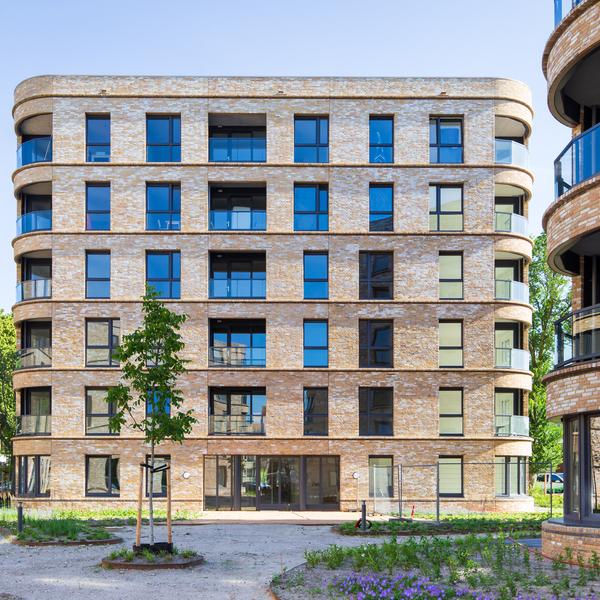 Westhovenplein winnaar van de Haagse Architectuurprijs de Berlagevlag : Westhovenplein winnaar van de Haagse Architectuurprijs de Berlagevlag